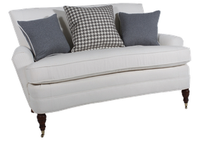 2710 Loveseat